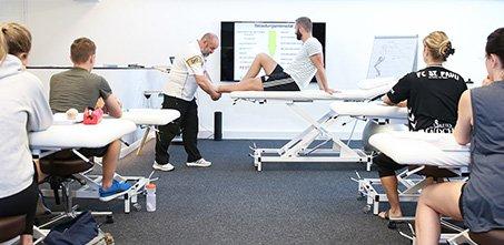 453x221 6830 Akademie Schule Physiotherapie